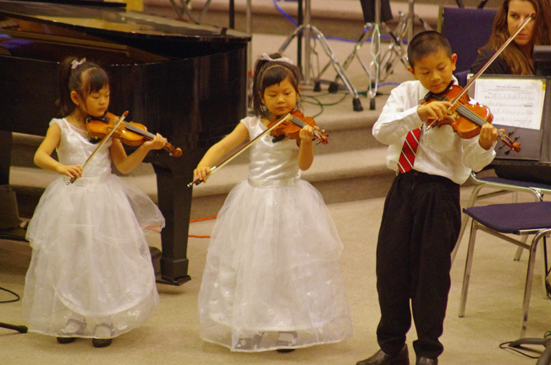 6-young_violinists.jpg