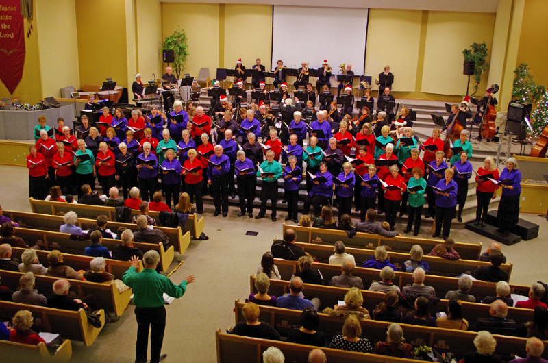 8-kamloops_choristers_and_tvo.jpg